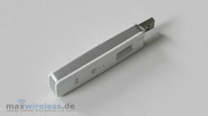 Der Telekom Speedstick LTE IV verfügt über ein USB-Drehgelenk ...