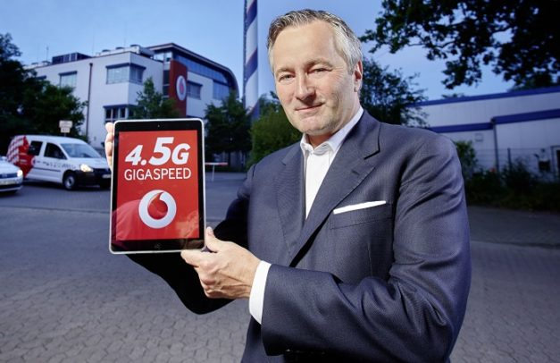 Vodafone CEO Hannes Ametsreiter bei der Präsentation von 4.5G LTE Cat9