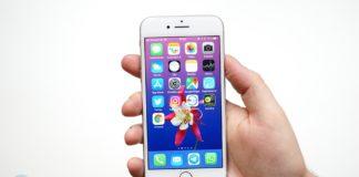 Das Apple iPhone 8 in silber.