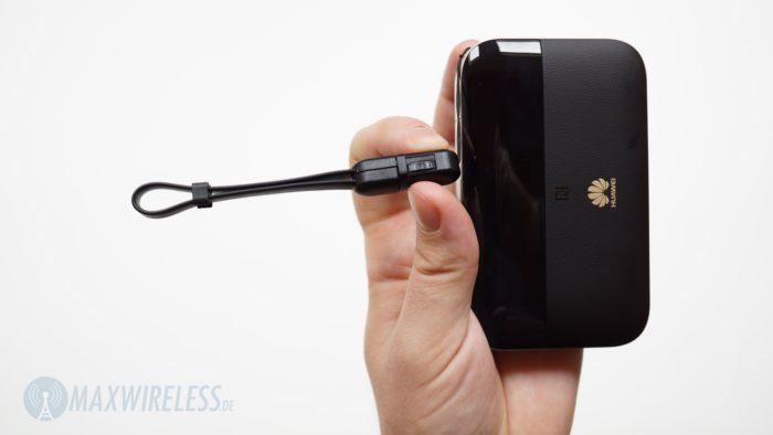 Kabel am Huawei E5885.
