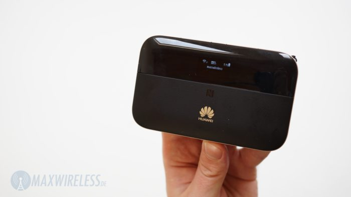 Huawei E5885 mit aktivem WLAN Extender (SSID im Display).