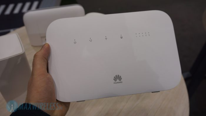 Huawei B612s-51d LTE Router.