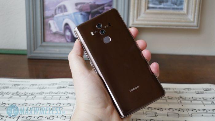 Die Rückseite des Huawei Mate 10 Pro in Mocha Brown.
