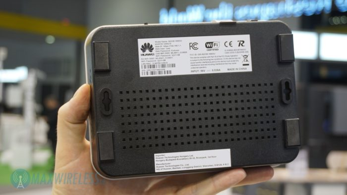 Unterseite des Huawei B2338.