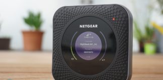 Netgear Nighthawk M1 MR1100 LTE Router.