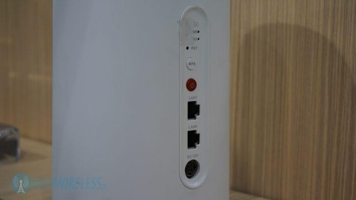 Anschlüsse beim Huawei 5G C-Band CPE. Bild: maxwireless.de.