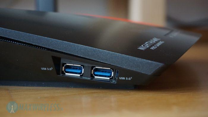 USB Anschlüsse beim Netgear XR700