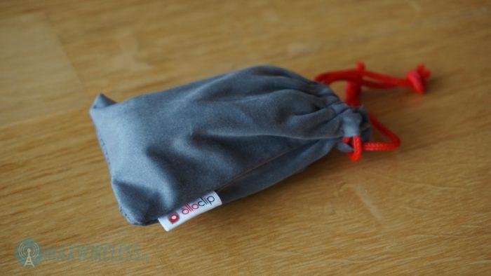 Im Lieferumfang: eine kleine Schutztasche. Bild: maxwireless.de.