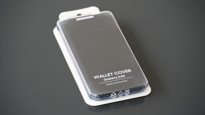 Galaxy 40 Wallet Cover Verpackung