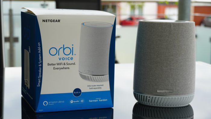 Verpackung des Netgear Orbi Voice.
